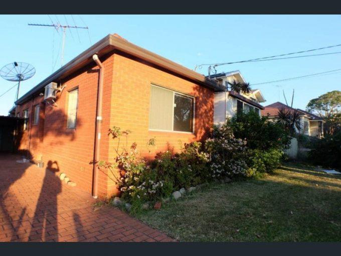 14 Larkhill Avenue, Riverwood, NSW 2210