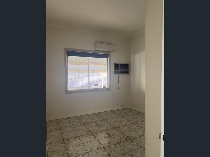 92 South Terrace, Bankstown, NSW 2200-5
