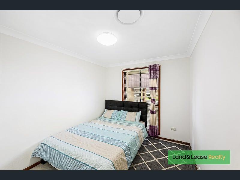 2/29 Currawong Street, Ingleburn, NSW 2565