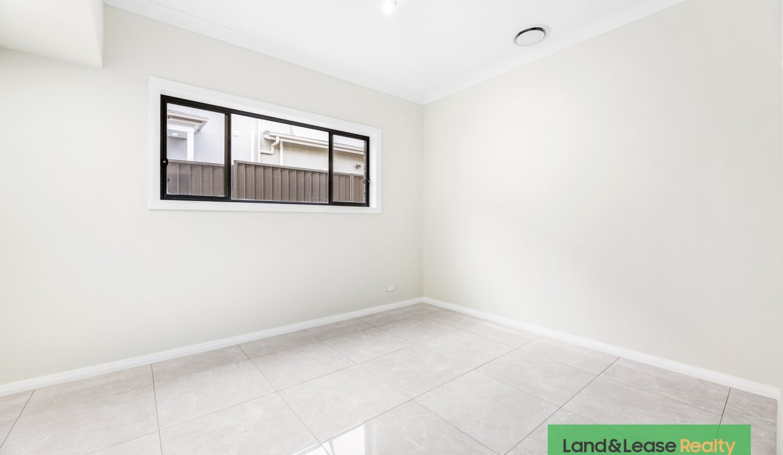 4 Cole Street, Oran Park, NSW 2570