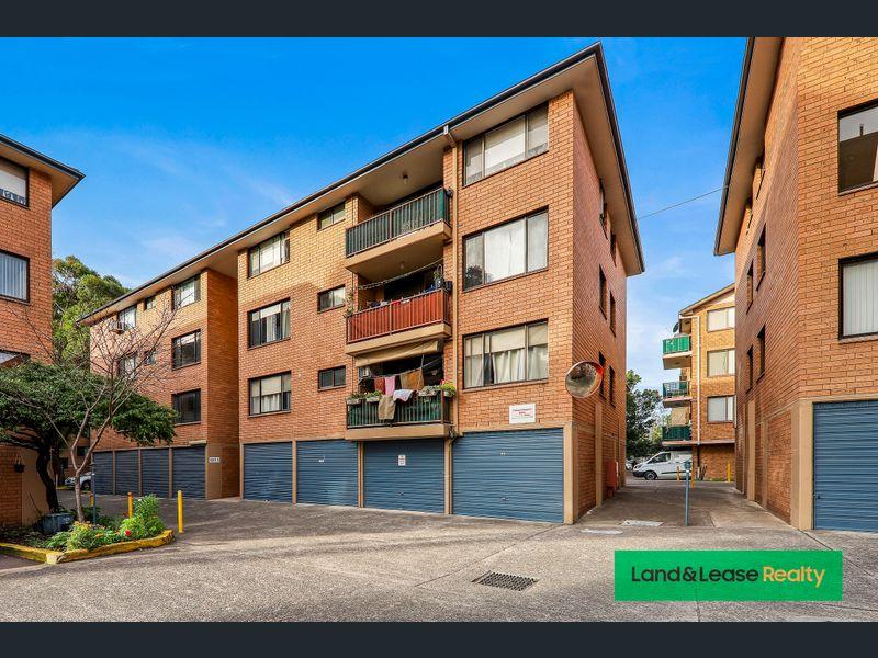 29/142 Moore street, Liverpool, NSW 2170