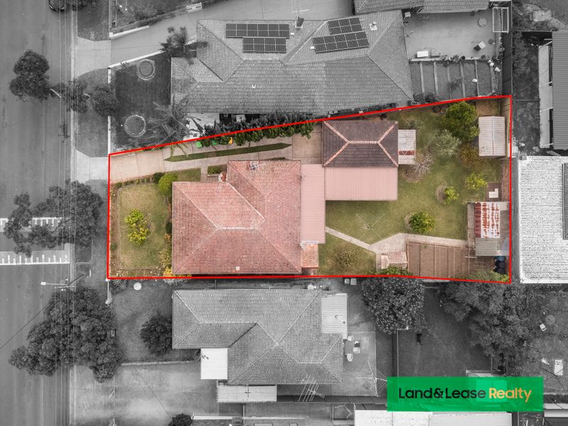 37 CARRISBROOK AVENUE, Punchbowl, NSW 2196